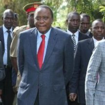 Uhuru tell off Raila for criticizing Jubilee work