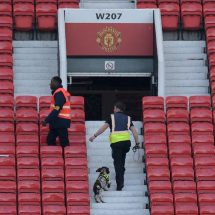 Bomb scare forces abandonment of Manchester United Match