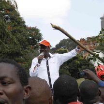 Cord leader, Raila sets conditions for Uhuru on IEBC talks