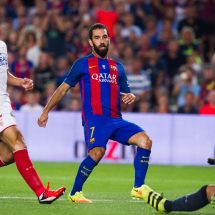 Barcelona overcomes Sevilla to win Spanish Super Cup