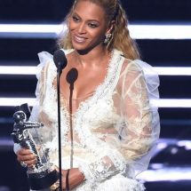 Beyoncé reaps big during MTV awards