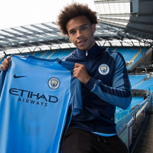 Winger joins Manchester City on five year contract