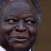 Former president Mwai Kibaki flown to SA for Treatment