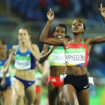 Faith Chepng'etich Kipyegon makes #KEN proud with another gold