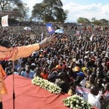 Raila and ODM brushes off IPSOS report terming it Jubilee sponsored