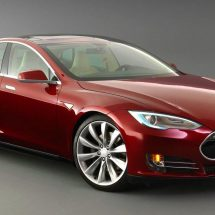 Hackers hijack Tesla Model S cars while moving