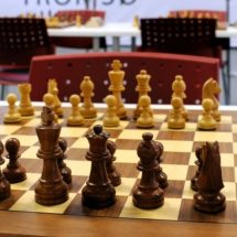 Female chess players ordered to wear hijab