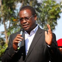 Governor Kidero swears to Fund Raila's 2017 Presidential Campaigns