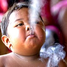 2- year-old smoker, Ardi Rizal