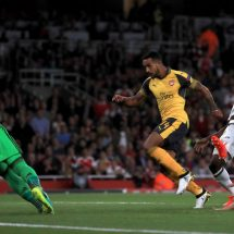 Walcott steals the show as gunners shine