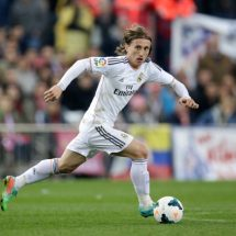 Luka Modric extends real contract until 2020