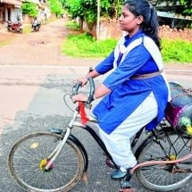 14-year-old Tejaswani from India invent bicycle that propels on air.