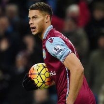 Middlesbrough announce signing of Rudy Gestede