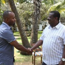 Joho tell Uhuru Kenyatta to stop riding on donor funded projects