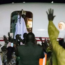 Yahya Jammeh 'loots' Gambia in two weeks  before new leadership assume office
