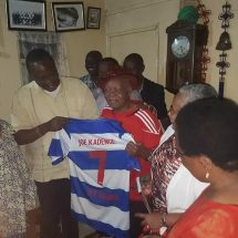 Legend footballer Kadenge eventually meets Uhuru