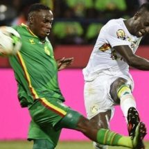 Senegal beat Zimbabwe, becomes first team to reach Nations Cup quarters