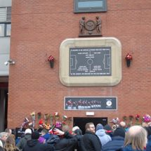 Manchester United hold ceremony in remembrance of 1958 Munich Air Disaster victims