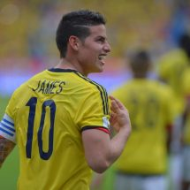 James Rodriguez  middle finger gesture to journalists cause stir online