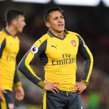 Two Pemier League clubs blacklisted from signing Sanchez