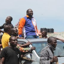 Raila has to quell fires in strongholds