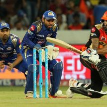 Sunrisers Hyderabad beat Mumbai Indians 7 wickets in IPL 2017