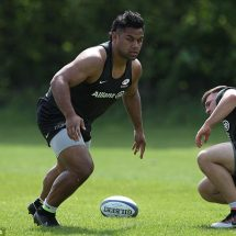 Billy Vunipola Will Be Out For Four Months With A Knee Cartilage Injury.