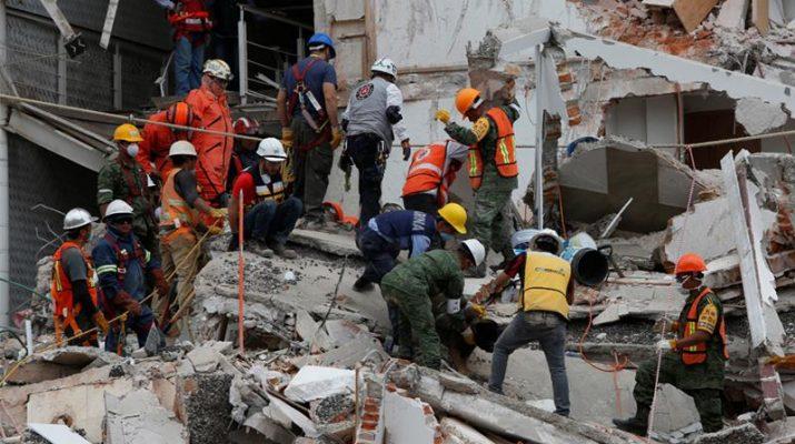 Mexico quake rescuers race to free girl, other victims