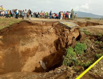 Narok-Mai Mahiu road sinks following heavy rains
